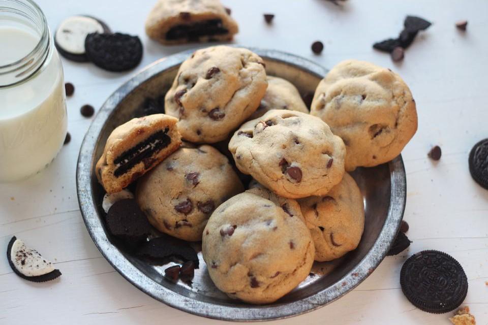 Μαλακά μπισκότα με κομματάκια σοκολάτα